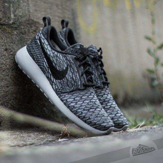 Nike Cool Grey Roche One Flyknit