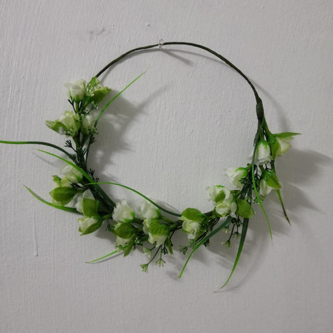 readystock green white flower crown bridesmaid hair accessories wedding bridal