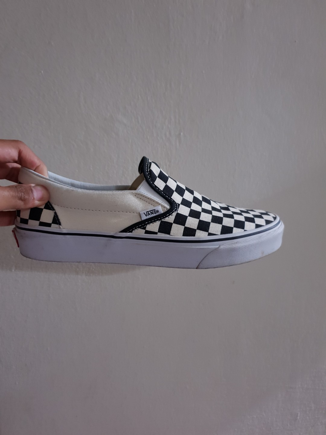 the latest 080c0 41a95 Vans Checkerboard Slip On, Men s Fashion, Footwear, Sneakers on ...