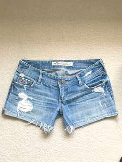 Hollister • Jean shorts