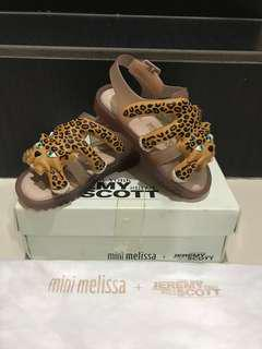 New Mini Melissa US 6 with box and dustbag