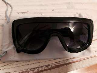 Kim Kardashian inspired Big Sunglasses