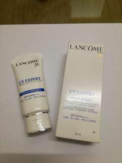 Lancome UV Expert Shield SPF50 PA+++