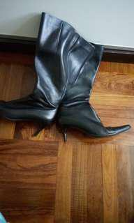Boots 85% new 100%real