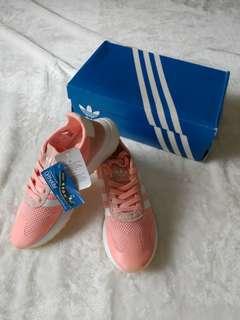 💯% Authentic 👟 adidas Originals Flashback - Women's - Size 7.5 (Haze Coral/White/Haze Coral)