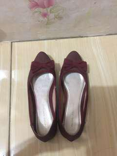 Maroon Shoes Yongki Komaladi