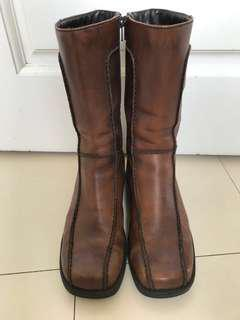 Greencross genuine leather boots