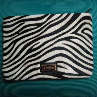 Oroton makeup bag