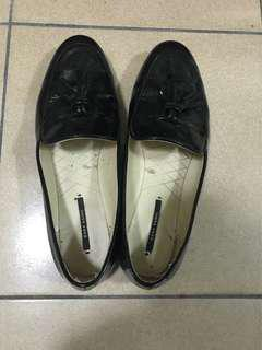 🚚 zara❤️黑色樂福鞋