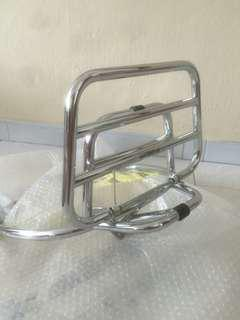 PRICE REDUCED !! Vespa Sprint Rack
