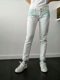 Levi's white mom jeans with mint green details