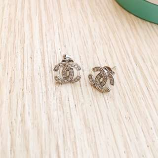 Chanel earrings 14k whitegold with natural diamond studs