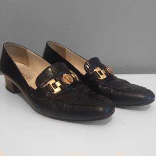 Vintage Italian leather loafers.