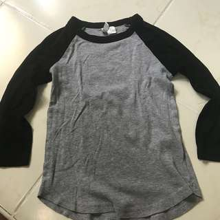 H & M RAGLAN SHIRT BASEBALL SHIRT SIZE XS OR KIDS 10-12