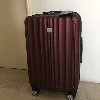 "24"" New Yorker luggage"