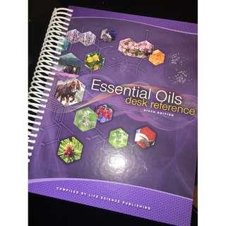 [全新] 精油大全 天書  參考書 Essential Oils Desk Reference EODR 6th Edition 字典 Young Living (100% new)