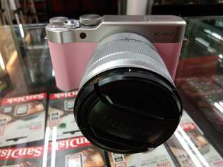 Kamera Mirrorless FujiFilm X-A10