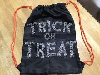 Old Navy Trick or Treat drawstring bag repriced fr 499.99