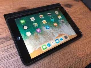 iPad mini 2 4G 16 GB +Smart case + Bluetooth keyboard