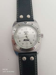 ROOTS VINTAGE WATCH