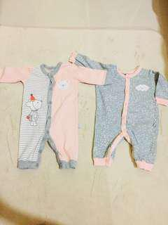 PRELOVED SLEEPSUITS 0-3MONTH