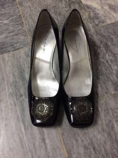 Authentic Tahari Black Shoes