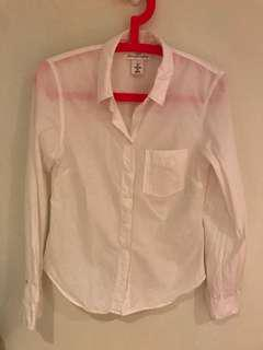 H&M White button-up long-sleeved shirt
