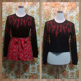 Pullover embroidered top