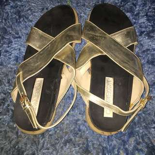 Sepatu sendal sandal gold