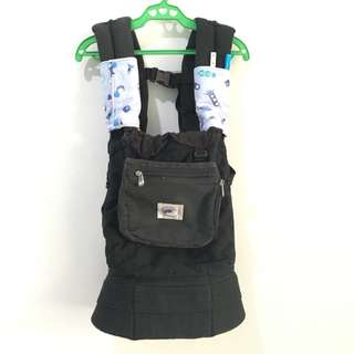 Authentic Original Ergo Baby Carrier with Drool Pads and Covers