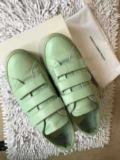 Common Projects Women Shoes