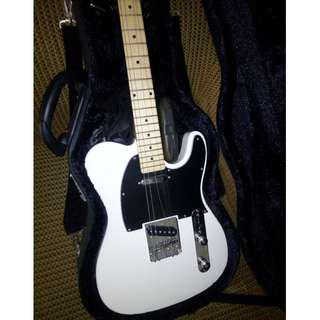 Gitar Elektrik Legacy Black and White