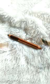 Eye pencil very me