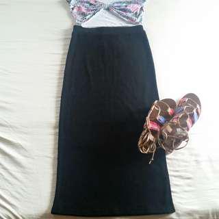 Ribbed maxi skirt and crop top