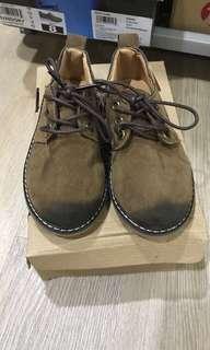 Sepatu anak cowo import uk 30