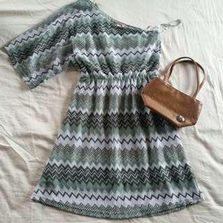 One sided dress & mini bag
