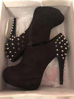 Studded boot heels