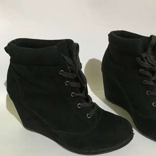 Bershka Suede Boots AUTHENTIC