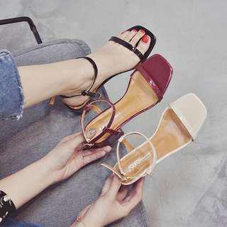 🚚 全新拋售可議-流行網紅涼鞋跟鞋
