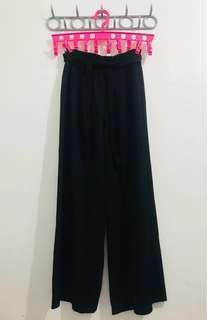 Black flowy pants