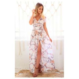Chasing Kate - size 12 - BRAND NEW Sienna Wrap Maxi Dress in White Cherry Blossom