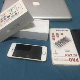 Iphone 5s bnew condition scratchless, complete set all orig must see