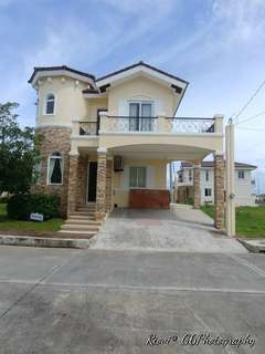 Victoria Complete Interior for sale in Kawit