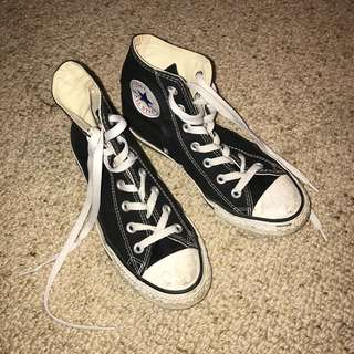 size 7 black all star converse