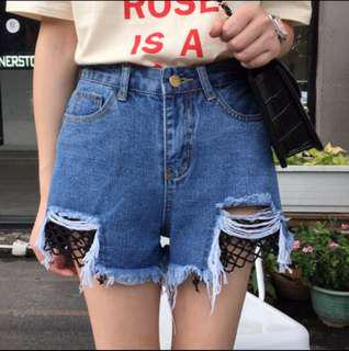 🚚 韓版磨破毛邊網格 流蘇顯瘦造型牛仔短褲 熱褲