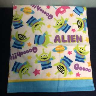 三眼仔長方毛巾 Allien Towel
