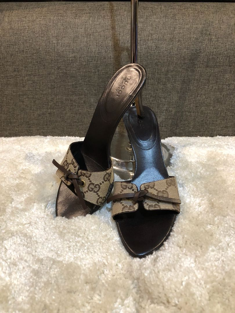 f7ab499a39f Authentic Gucci Sandals Size 35.5