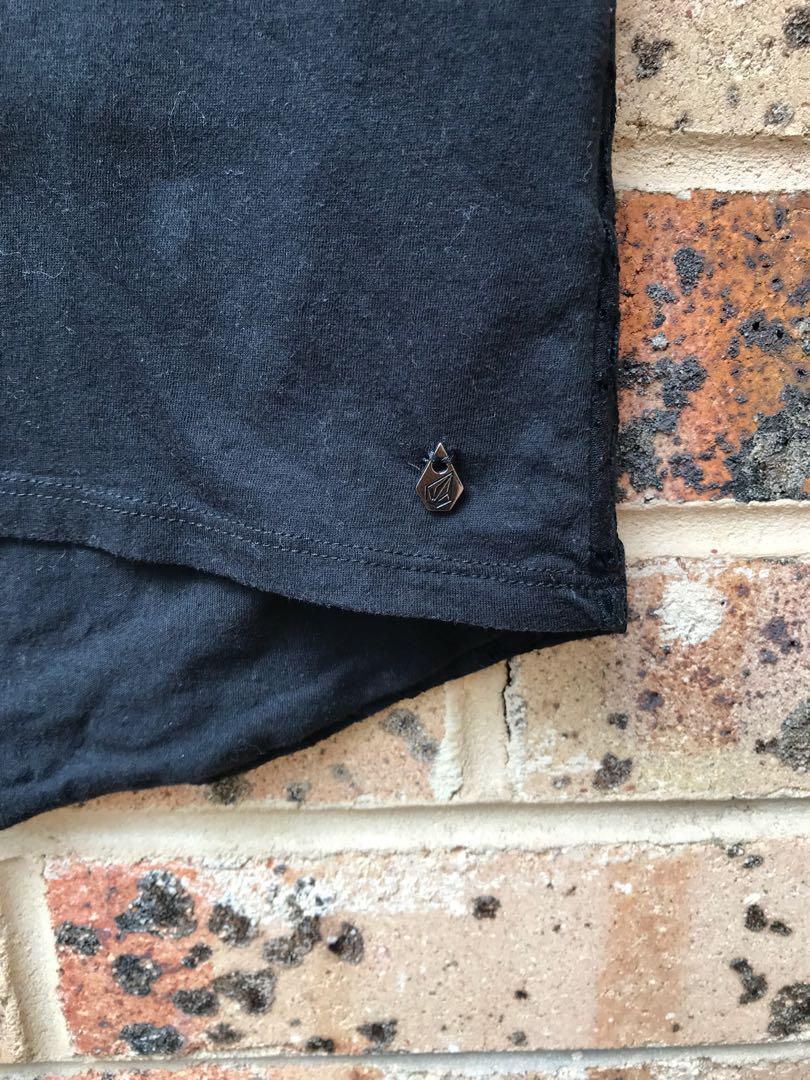 Black singlet