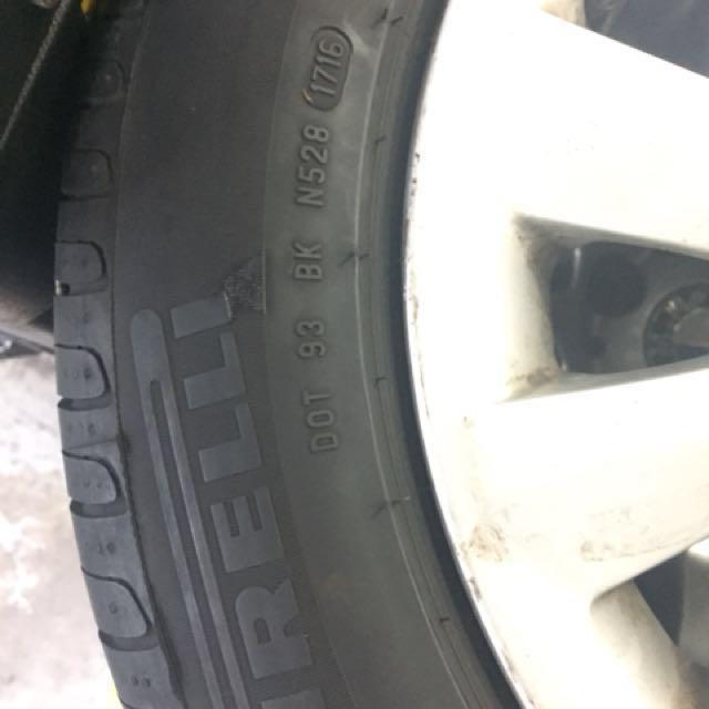 "BMW 16"" stock rims with Pirelli P7 tyres"