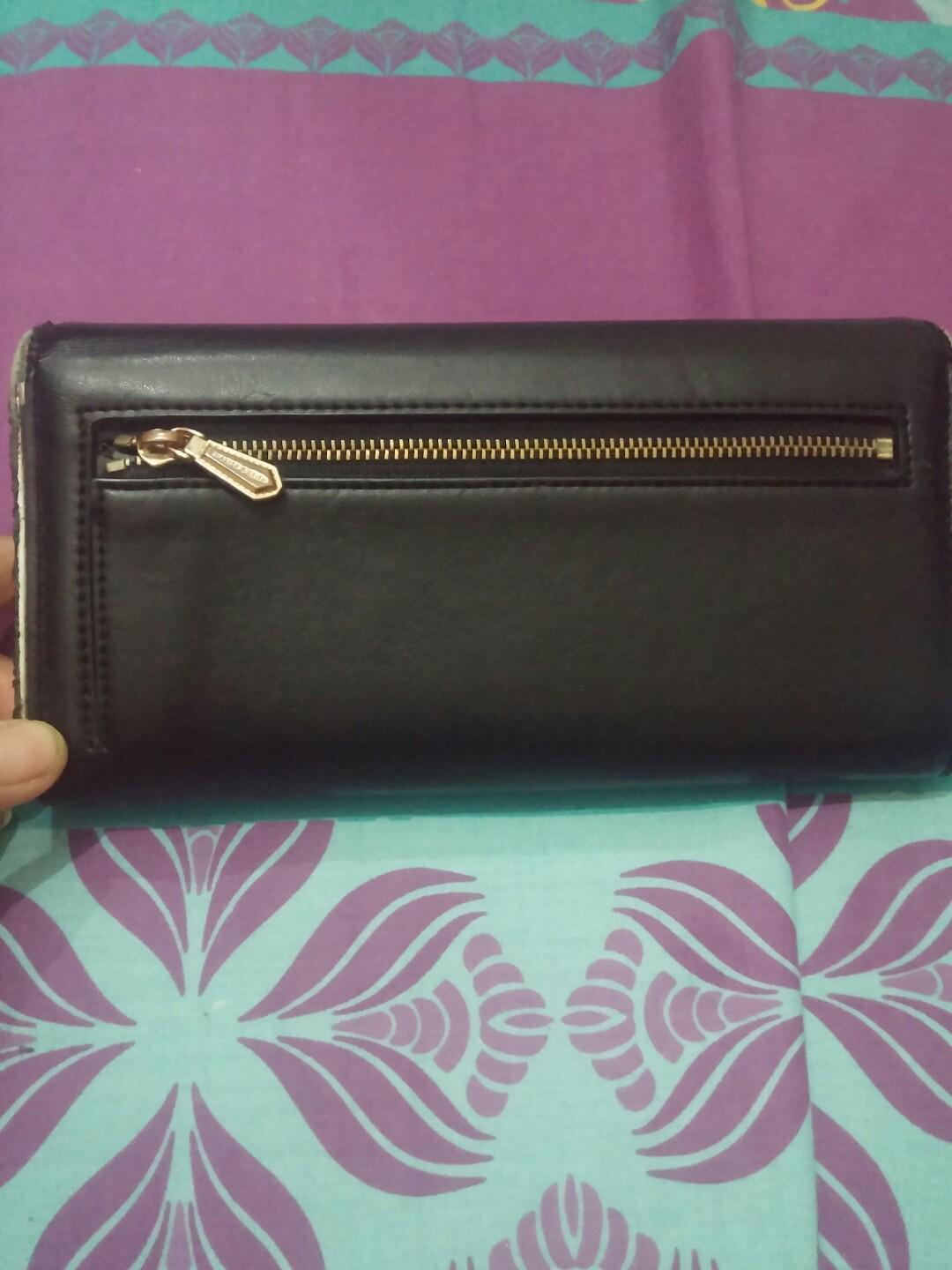 Dompet charles & keith#JAN25